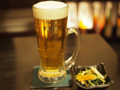ビールと付き出し.JPG