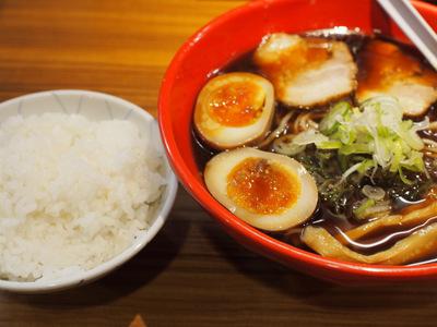 ラーメンとライス.JPG