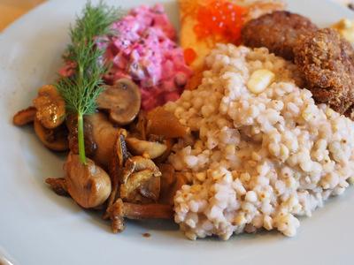 ロシアの朝食2.JPG