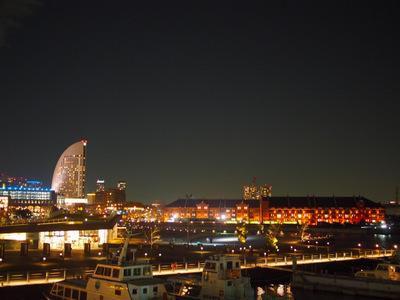 横浜は夜輝く.JPG