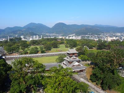 熊本城から宇土櫓.JPG