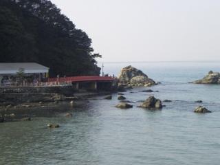 夫婦岩遠景.JPG