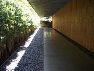 根津美術館回廊.JPG